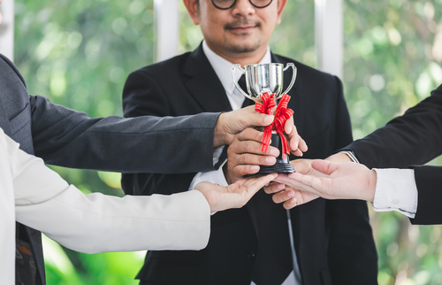Winner business team