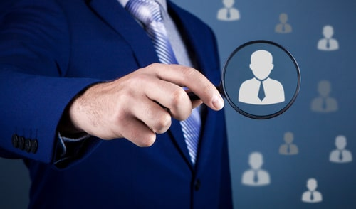 Individual customer service and CRM