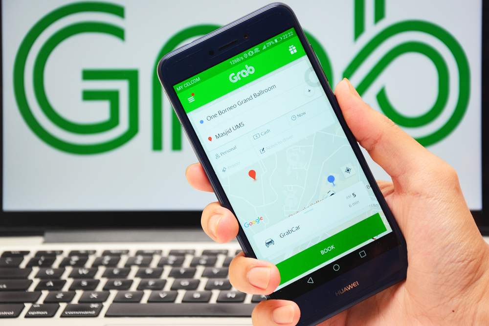Contactless daily commutes - GrabCar